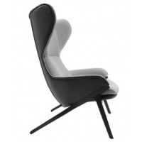 P22 LOUNGE CHAIR