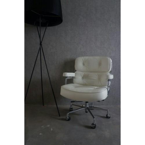 Eames Classic Executive Chair Premium